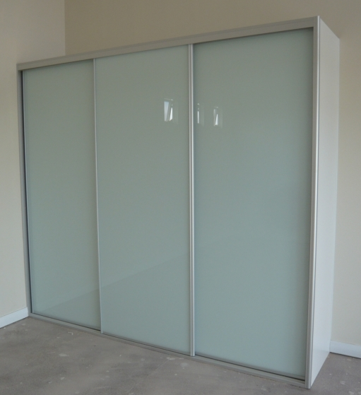 Optipanel 3 door wardrobe