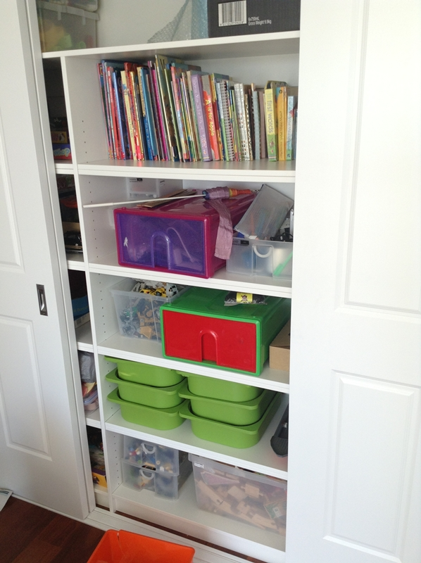 Versatile cupboard storage