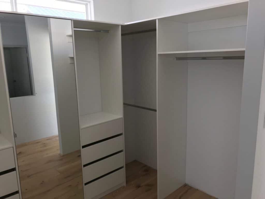 Mirror door in walk in wardrobe