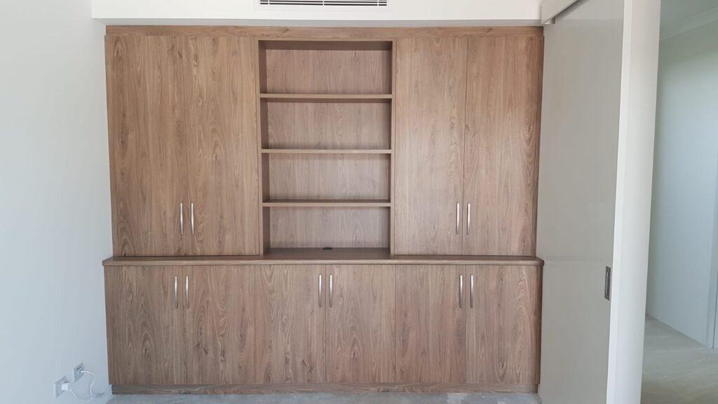Display cupboard