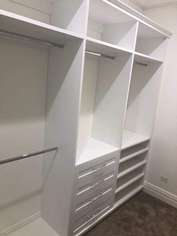 U-shape walk in wardrobe (left)